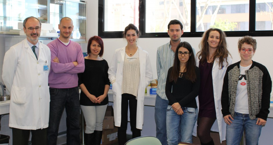 Mario Cordero (segundo de la izq.) junto a sus compañeros de investigación