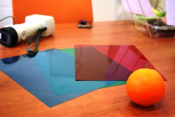 Los colorímetros  identifican el color y el matiz para medir el color