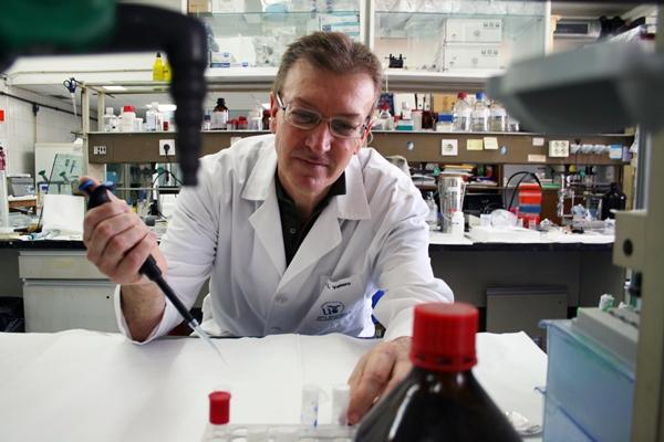 El investigador José Luis Venero