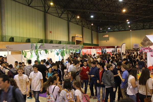ambiente XIV Feria Ciencia