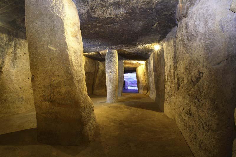 www.dolmenesantequera.com