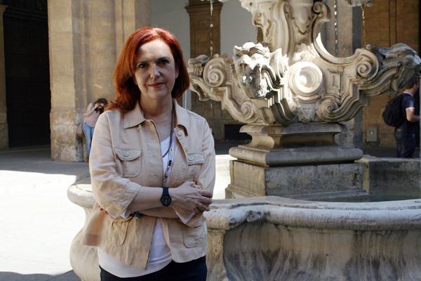 La investigadora de la US Eva Mª Bravo