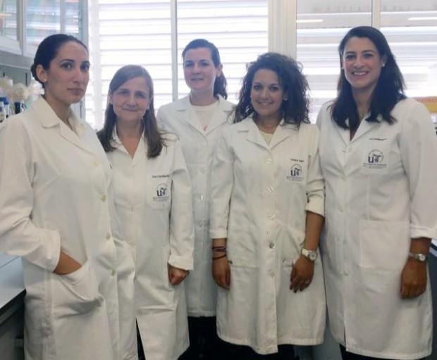Carolina Sousa, autora del artículo y su equipo de investigación de la Universidad de Sevilla