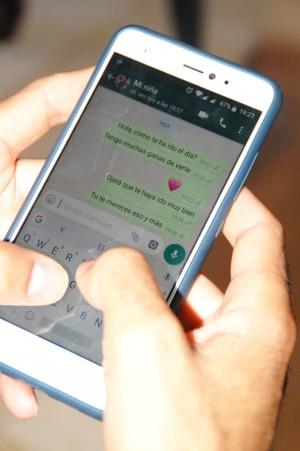 Los jóvenes adultos restan importancia a la comunicación online en sus relaciones de pareja