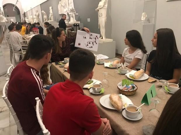Café con Ciencia Histórica